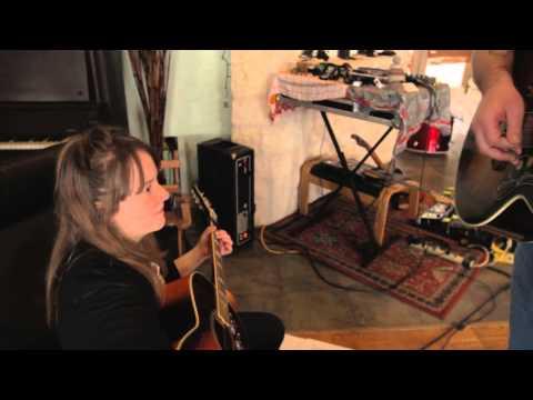 Ellen Sundberg - Headlights