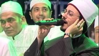 Video Lirboyo Bersholawat - Suara Merdu Mustafa Atef Bikin Merinding MP3, 3GP, MP4, WEBM, AVI, FLV Februari 2018