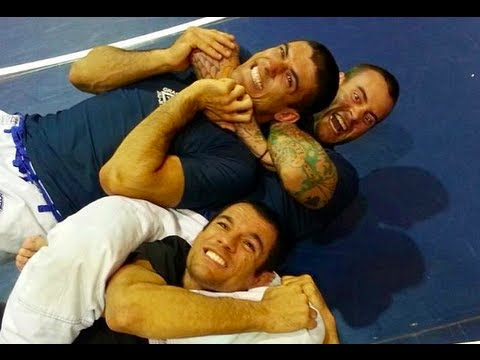 breakdown - While on vacation at the 2013 Gracie Immersion Camp in Destin, Florida, Ryron and Rener were bombarded with requests for a breakdown of the co-main event of ...