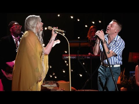 Video Macklemore & Kesha Perform 'Good Old Days' download in MP3, 3GP, MP4, WEBM, AVI, FLV January 2017