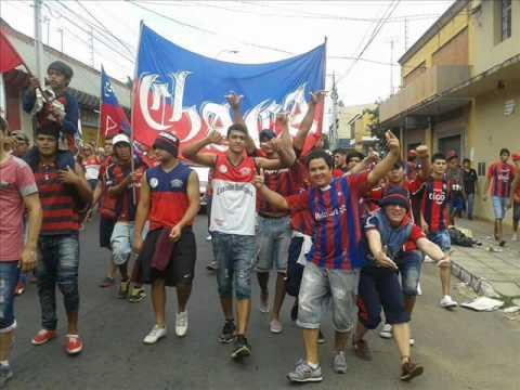 CERRO vaya al frente siempre  hasta el final (CERRO EN HD 2015) - La Plaza y Comando - Cerro Porteño