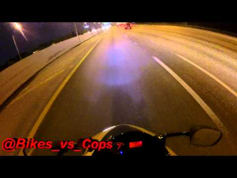 MOTORCYCLE POLICE CHASE Biker Encourages Police To Chase 2016