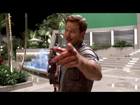 Chris Pratt Learns to Whistle