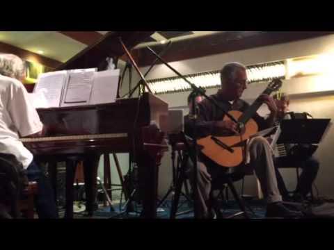 João Carlos Assis Brasil Quarteto - Carlos Diogo Perdigão, Toninho Pereira e Léo Rugero