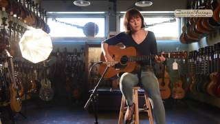 Download Lagu 1938 Martin D-18 played by Molly Tuttle Mp3