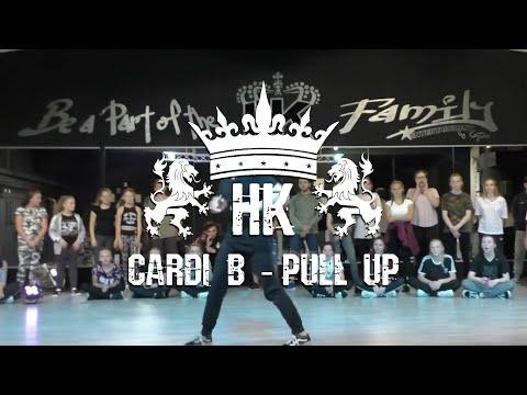 Cardi B - Pull up