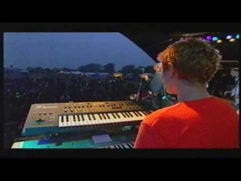 ClivesVidCollection - Faithless - God Is A DJ live @ Glastonbury '98.