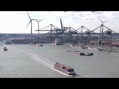Ε.Ε.: Κλιμακώνεται η εμπορική κρίση με τις ΗΠΑ