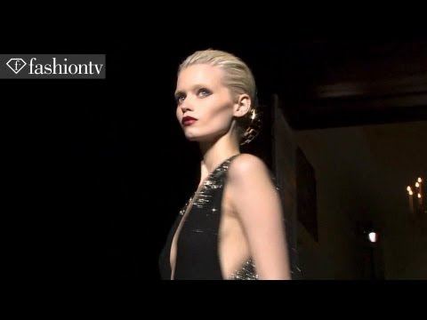 MODEL TALKS - SUBSCRIBE: http://bit.ly/FashionTVSUB http://www.FashionTV.com/videos WORLD - Abbey Lee Kershaw from Next modeling agency, is highlighted in this Models clip...