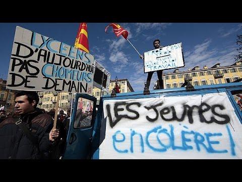 Γαλλία: Μαζικές κινητοποιήσεις για τις αλλαγές στα εργασιακά