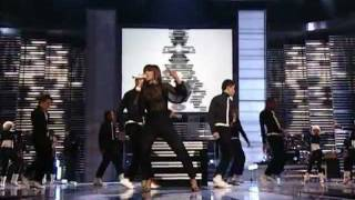 Nelly Furtado Feat. Timbaland - Promiscuous & Maneater (Live at Fashion Rocks 2006)
