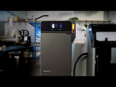 Avec le Fuse 1, apportez l'impression 3D en Nylon 12 prêt à la production grâce à une plateforme de frittage laser sélectif (SLS) abordable et compacte.