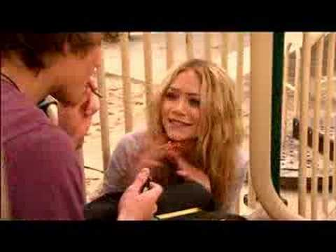 Weeds: A Clip from Mary-Kate Olsen's First Episode