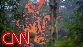 Video Hawaii residents flee after Kilauea volcano eruptions MP3, 3GP, MP4, WEBM, AVI, FLV Desember 2018
