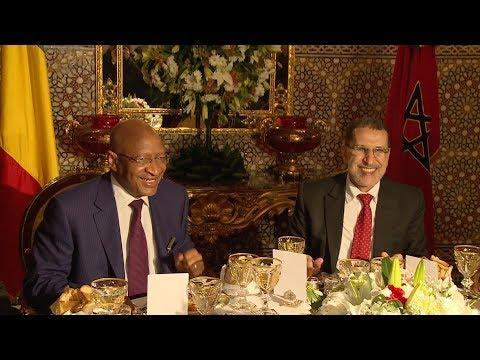 جلالة الملك يقيم مأدبة عشاء على شرف الوزير الأول المالي
