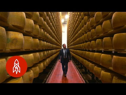 Banking on Cheese: The Bank That Uses Parmesan as Collateral (видео)