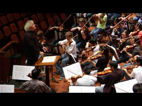 Simon Rattle conducts the San Francisco Symphony Youth Orchestra