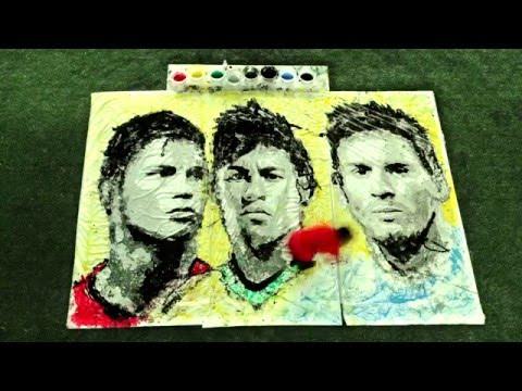 Tạo hình Ronaldo, Neymar và Messi bằng cách lăn bóng cực siêu