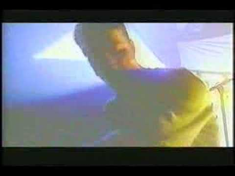 propellerhead - This is the original video shot for Spybreak before it was featured on any movie soundtracks.
