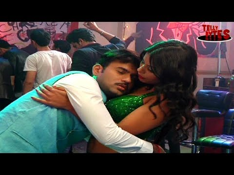 Vijay And Anant Get Drunk And Seduced in Saam Daam