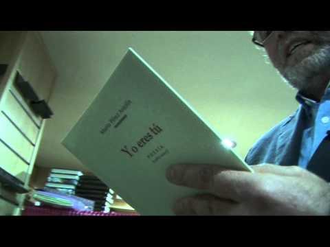 Mario Pérez Antolín lee un poema de su último libro