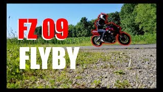 7. 2017 FZ 09 Flyby With M4 Exhaust - SOUNDS SO GOOD