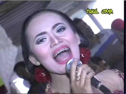 KISAH CINTAKU VOC LARAS Gazebo Campursari Dangdut 081904509628