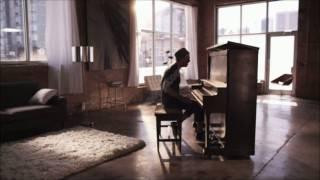 Far East Movement ft Ryan Tedder - Rocketeer