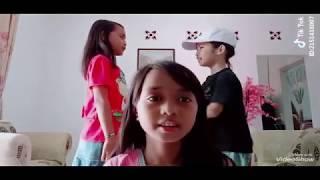 Video TIKTOK KIDS JAMAN NOW KOCAK BIKIN NGAKAK - TIKTOK INDONESIA MP3, 3GP, MP4, WEBM, AVI, FLV Agustus 2018