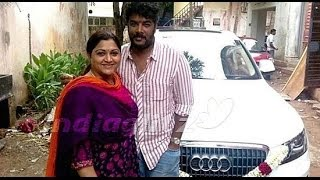 Khushboo's Car Met  With An Accident | Sundar C Gift | Hot Cinema News