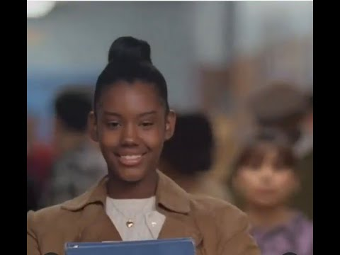 Eye contact - Cee and Jane (A Bronx Tale, 1993)