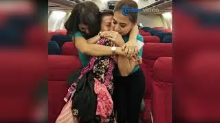 Video Detik-detik Mencekam di Pesawat, Penumpang Pasrah MP3, 3GP, MP4, WEBM, AVI, FLV Januari 2019