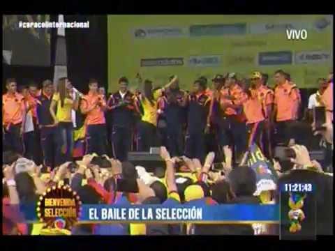 El baile de la selección colombiana a su llegada a Bogotá