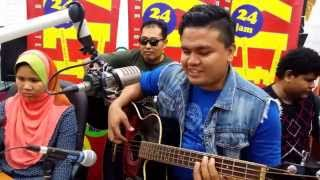 Rindiani - Zamani (Cover by Caliph Buskers) | Jom Jam Akustik | 21 Oktober 2015 Video