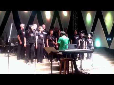 Encantos de Natal Paraguaçu Paulista 2011- Coral Canto em Q