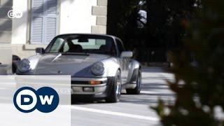 Motor mobil probiert den Porsche 911 Turbo aus. 1974 debütiert der Turbo auf dem Pariser Salon mit 260 PS aus drei Litern...