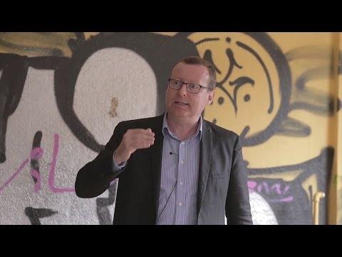 conférence - Conférence de Pierre Hillard à Berlin, mai 2014. Nouvel ordre mondial : accélération et conséquences. Avec comme angle d'attaque la crise ukrainienne. Egalem...
