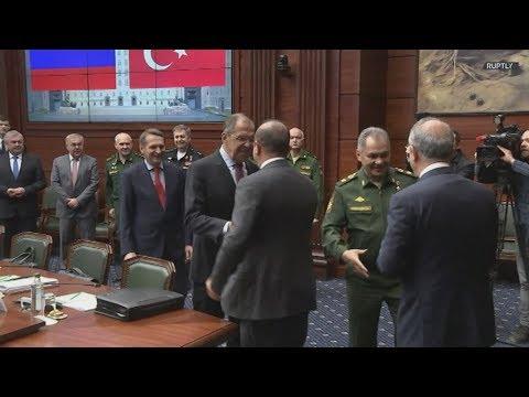 Ρωσία: Τούρκοι, Ρώσοι υπουργοί συναντώνται στη Μόσχα για συνομιλίες για τη Συρία