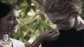 Chrisye - Seperti Yang Kau Minta (Official Video)