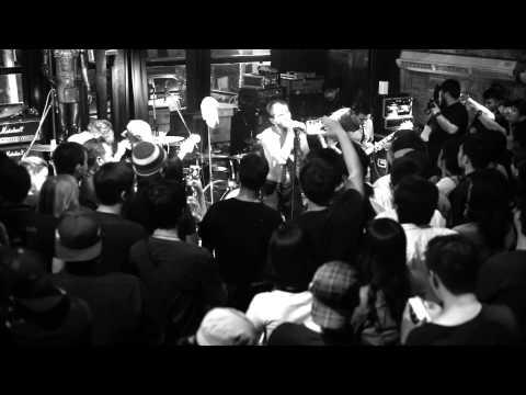 หลงทาง (HOME) - Lomosonic  live at Parking Toys 2015 (видео)