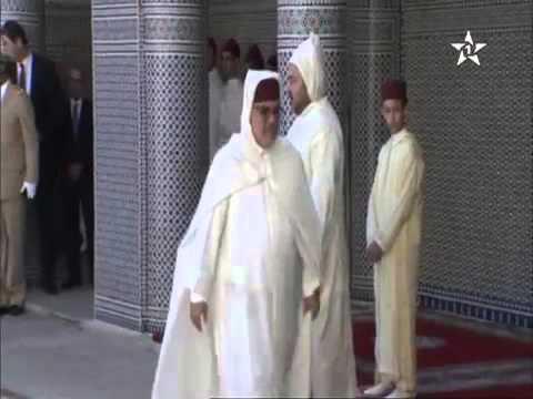 مصطفى العلوي يرتكب خطأ ردد مرات عدة 'عيد الفطر' بدل 'عيد الأضحى'