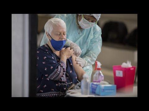 El lunes vacunarán a los turno reprogramados de adultos mayores de 70 a 79 años