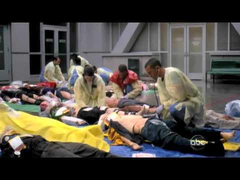 7x07 Owen Trauma Apocalypse Scene