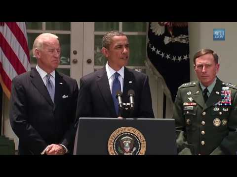 Afghanistan:McChrystal out, Petraeus in