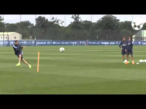 Angel Di Maria pings peach off the underside of the crossbar at PSG training