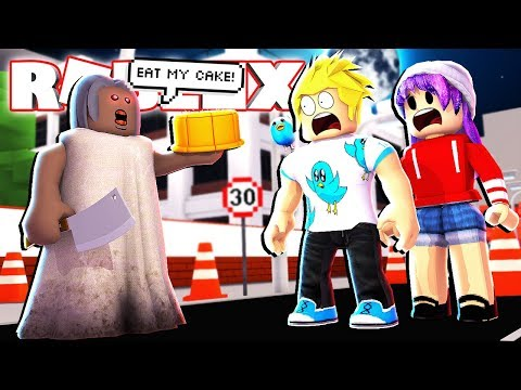 Granny Makes Us Eat Her Cake in Roblox - AHHHH