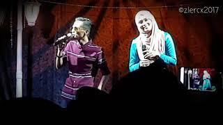 Video Gurauan Berkasih (Live) - Khalis Real Spin & Siti Nordiana MP3, 3GP, MP4, WEBM, AVI, FLV Maret 2019