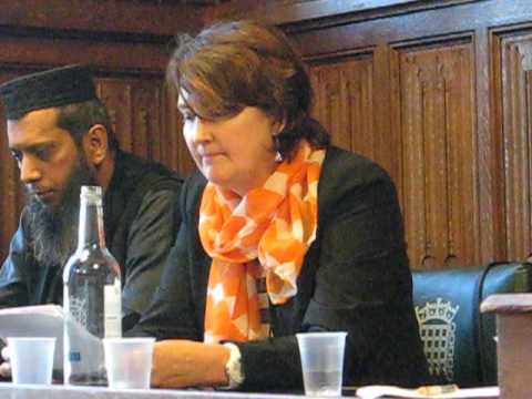 Diana Murtaugh Coleman speaks at Shaker Aamer Parliamentary Meeting