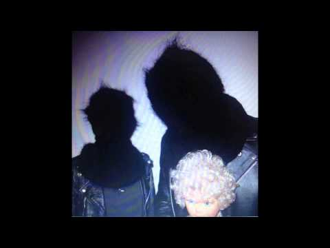 Tekst piosenki Crystal Castles - Deicide po polsku
