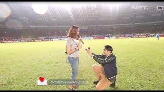 Video Moment Tak Terlupakan Nadin Dilamar Adi di GBK MP3, 3GP, MP4, WEBM, AVI, FLV Januari 2019